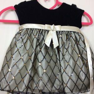 🎉Girl's Cinderella Brand Dress Size 12 Months